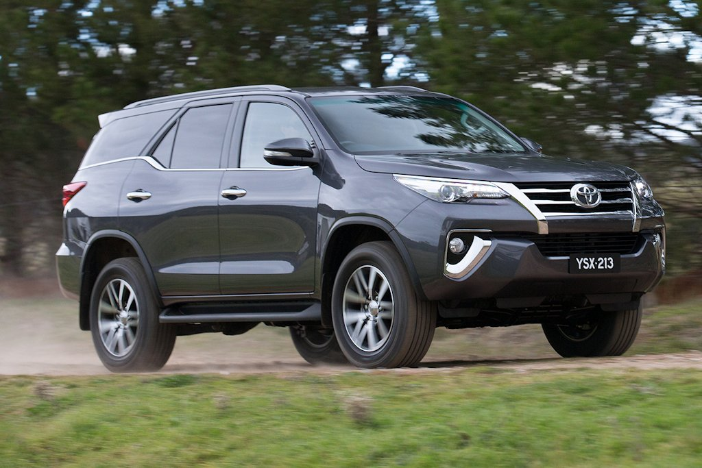Toyota Fortuner 2.4 G M/T