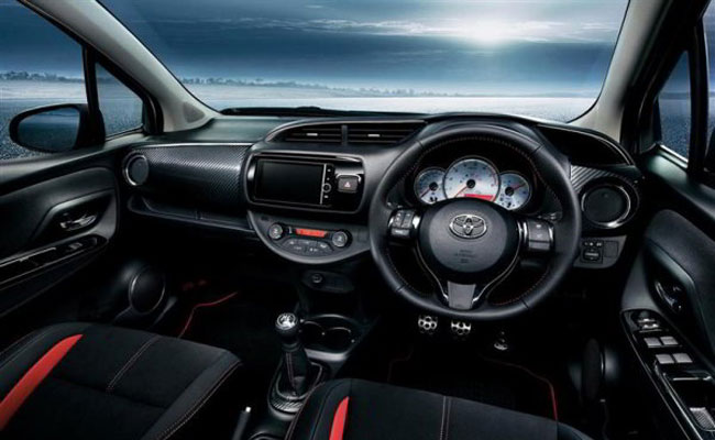 Toyota Yaris E Grade M/T